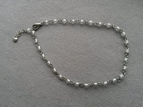 Anklet adjustable with a heart