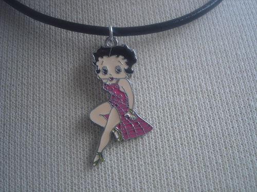 Cool retro necklace in leather with Betty Boop